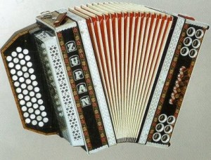 Dammit- right on the side of the accordion...